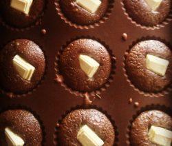 gateau-chocolat-carrc3a9-blanc1